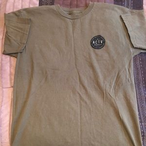 Army green active ride shop shirt